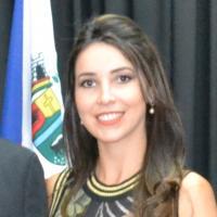 Foto do(a) Secretária: Bárbara Jeane Silveira de Almeida Terra