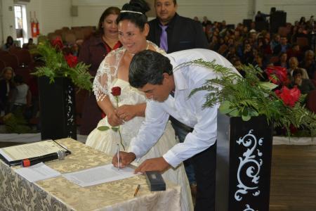 A 5ª edição do Casamento Coletivo uniu 19 casais