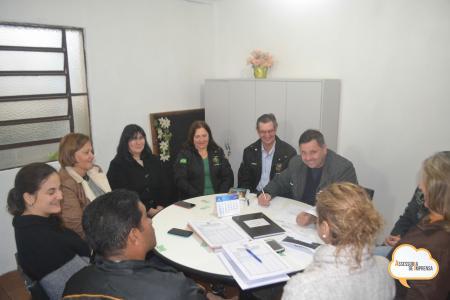 Membros do Conselho do FUNPREV realizam reunião para tratar de diferentes pautas