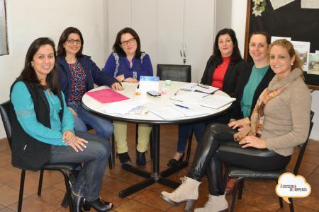 Conselho de Educação debate pautas sobre o Cotidiano das Escolas