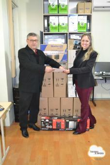 HCBT recebe equipamentos da Administração Municipal