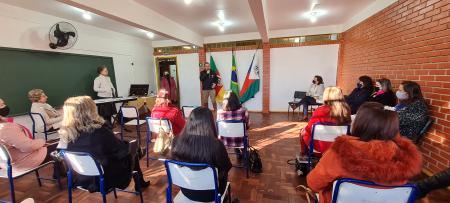 Professores da Escola Cívico Militar tem sua primeira Formação Continuada